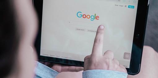 Optimiser son référencement sur Google grâce aux avis clients